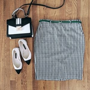 CHARTER CLUB • Houndstooth Pencil Skirt